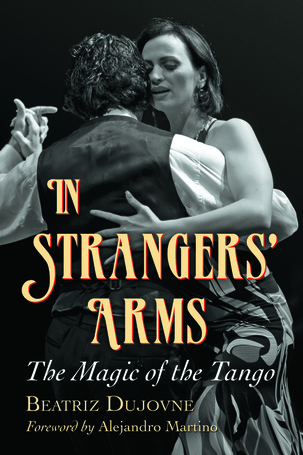 In Strangers' arms - Book cover